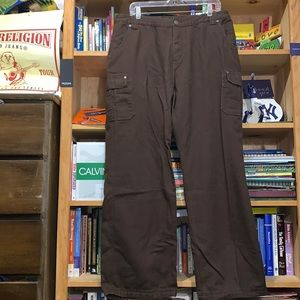 DULUTH TRADING Co.-women's brown heavy cotton cargo pants